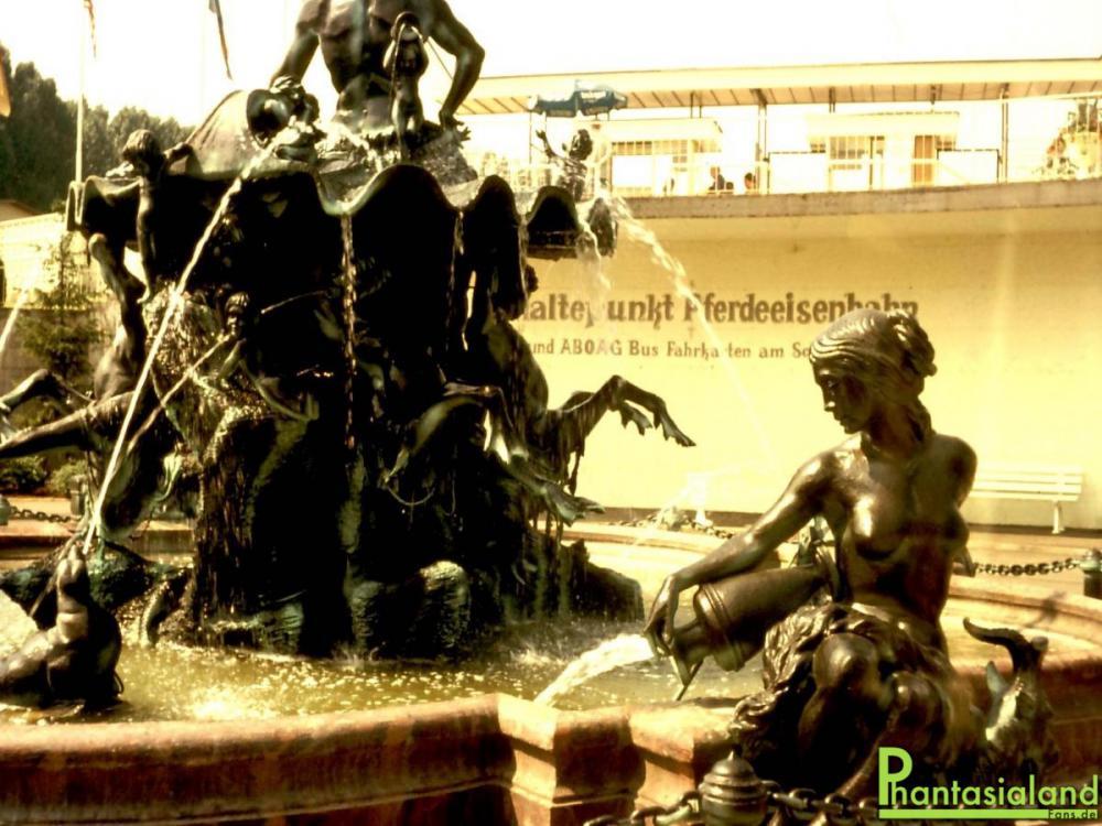 Neptunbrunnen5.thumb.jpg.2fcaa485681f835