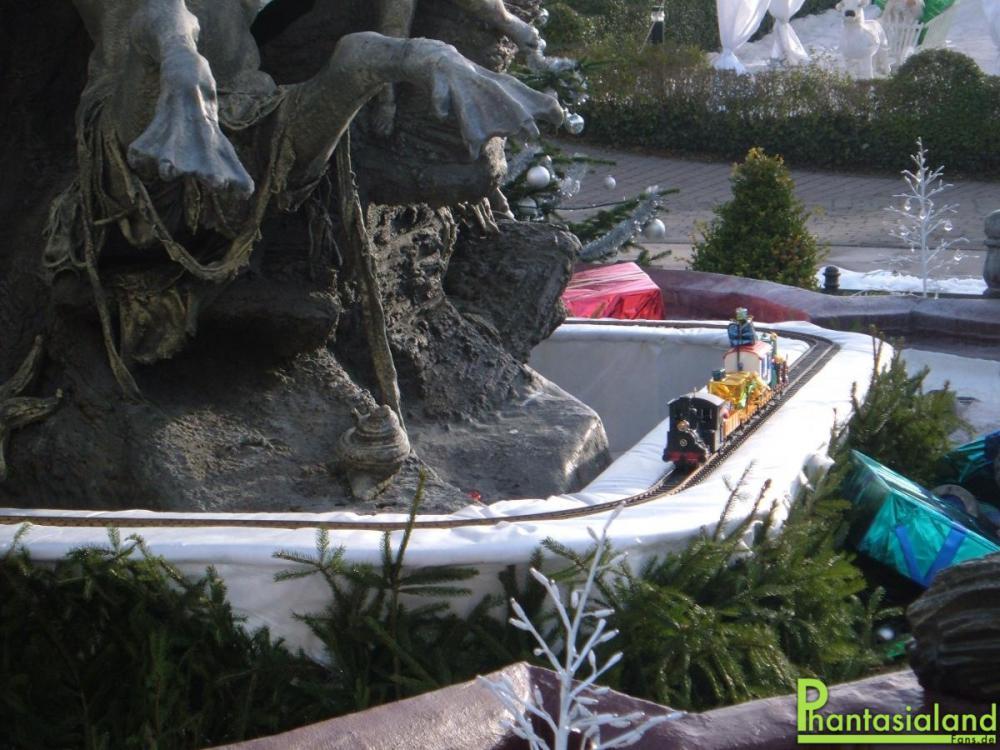 Neptunbrunnen6.thumb.jpg.eab54e2f1be78b4
