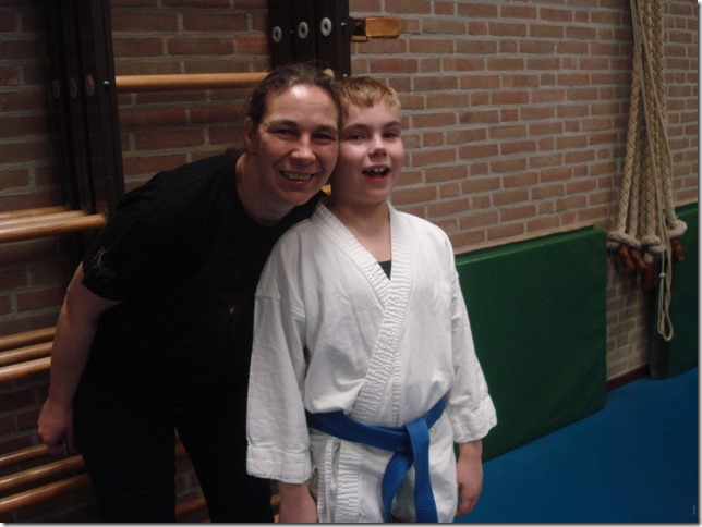 2017 - febr 3 - Jane en Joe picture op karate[2].jpg