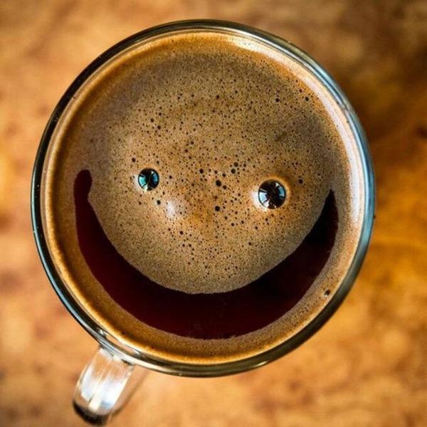 Kaffee.thumb.jpg.3d6b567f1f2ffd2bcb3216bf3669959e.jpg